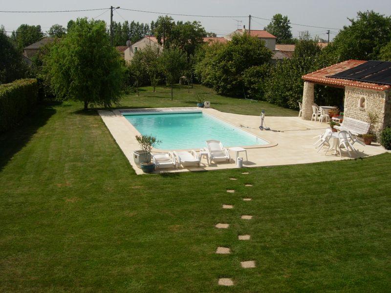 Vend e location et gites de vacances for Augmenter le ph piscine